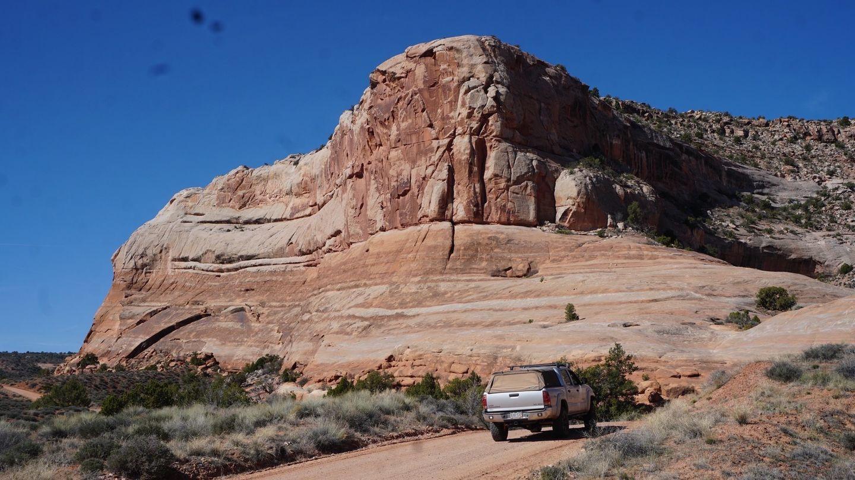 Highlight: Entrada Bluffs Road