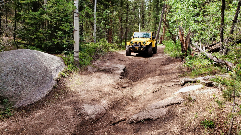 Highlight: Hell Creek Spur Road
